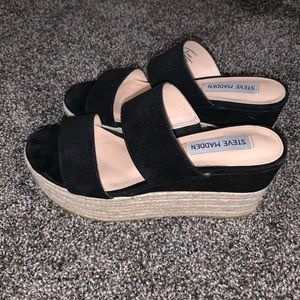 Steve Madden Happy Wedge size 6